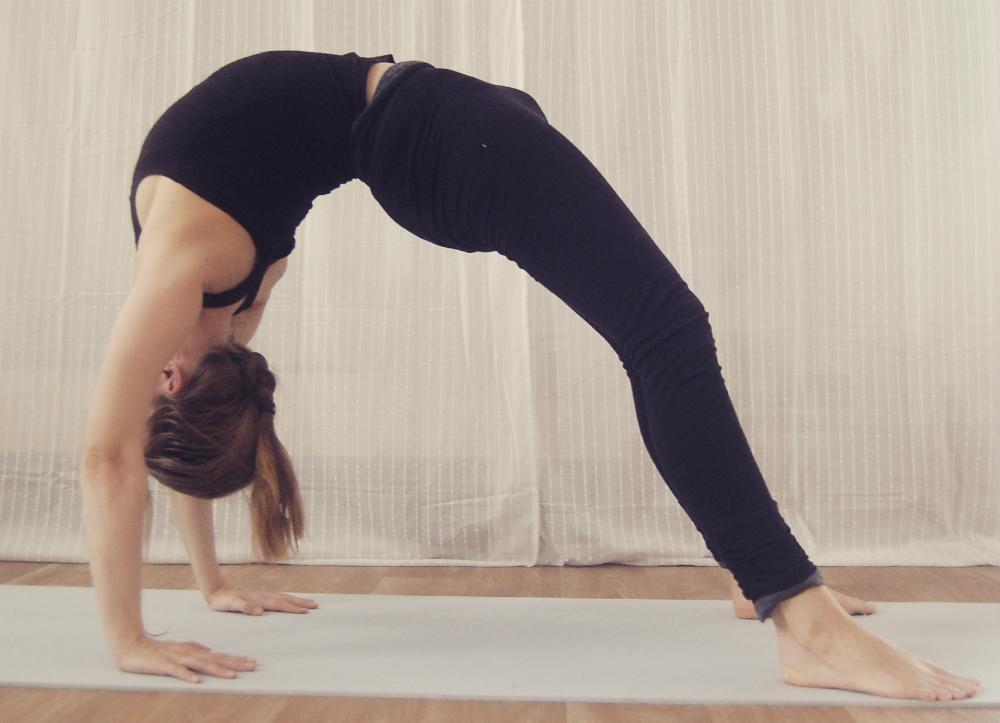 yoga achteroverbuigen boog schouderopener