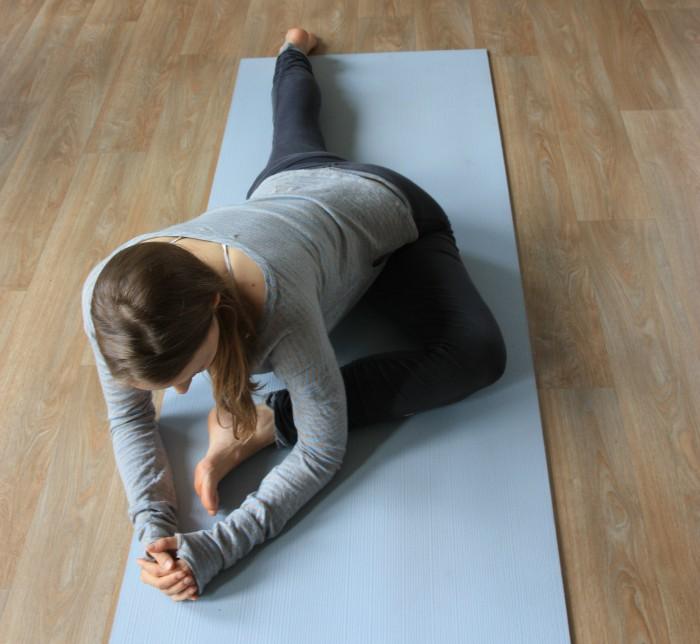 yoga houding de duif