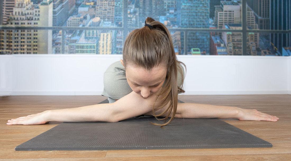 yoga oefening schouders