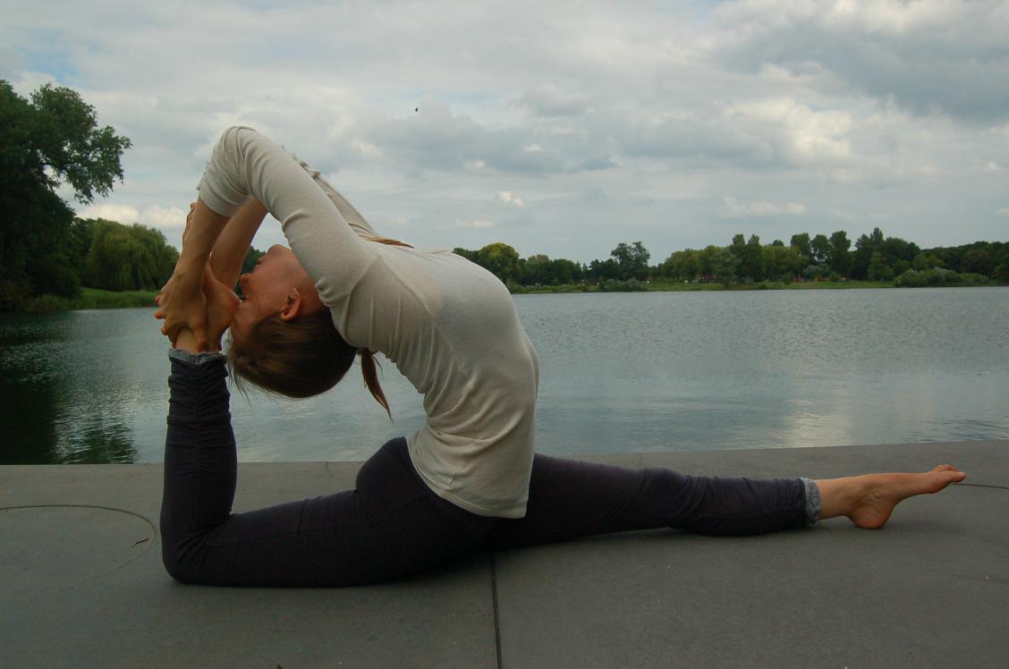 lieneke's yoga company
